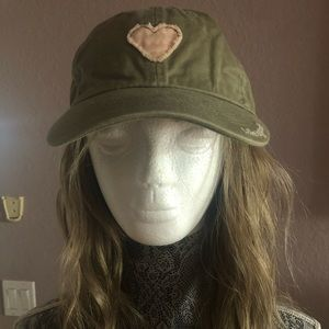 LIFE IS GOOD CAMO GREEN CAP WITH PINK 💖 heart